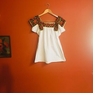 Vintage Mexican Oaxaca embroidered boho tunic top